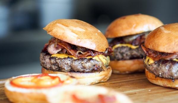 Going. | Burger, bacon, peanut butter - Bulwar Flotylli Wislanej