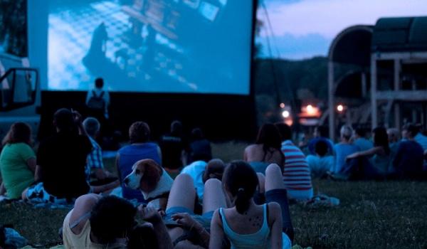 Going. | Sąsiedzki Festiwal Filmowy - Boisko przy SP17