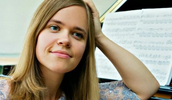 Going. | Time for Chopin: Katarzyna Hushta