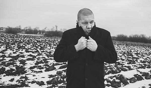 Going. | Marek Dyjak