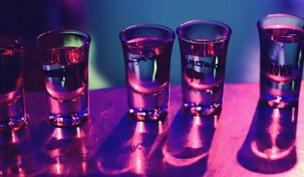 Going. | 1 Euro = 1 Shot - Disco Pub