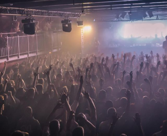 Going. | Mega koncerty w MegaClubie