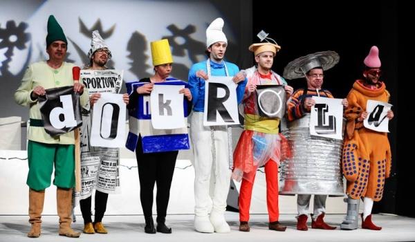 Going. | Siedmiu Krasnoludków - Teatr Miniatura