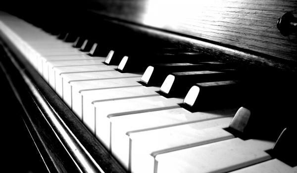 Going. | Czwartkowe Wieczory Muzyczne #2