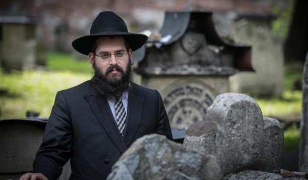 Going.   Wybrane aspekty działalności rabinów krakowskich
