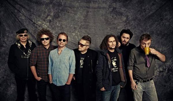 Going. | T.Love - 35 lat na scenie support Kwartyrnik / Lewe Łokcie - Underground Pub