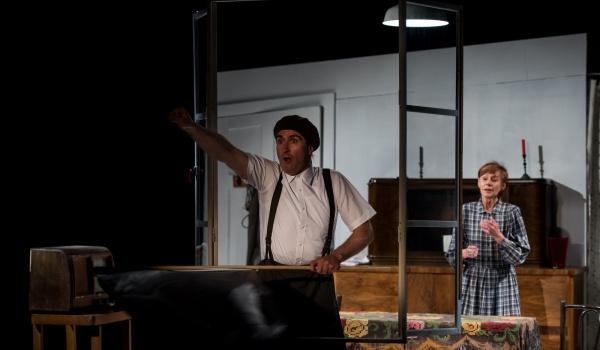 Going. | Noc Helvera - Teatr Druga Strefa