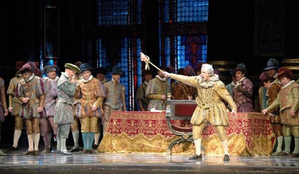 Going.   Rigoletto - Teatr Wielki im. Stanisława Moniuszki