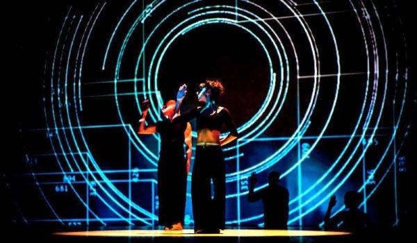 Going. | Perfekcyjny Vitruvian Man - Teatr na Plaży w Sopocie
