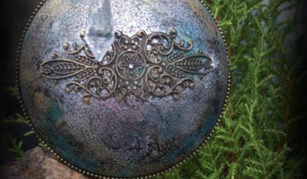 Going.   Srebrzona bombka medalion w stylu Glamour - Centrum Hobbystyczne Decohobby