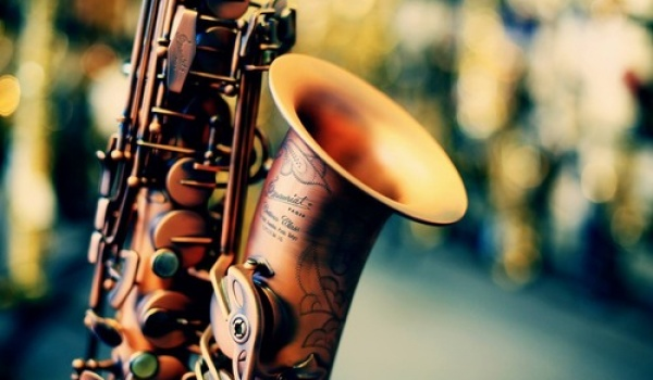 Going. | BPM | Presented by Vibe & Banan on Sax