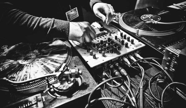 Going. | Sound Of Dream / Neevald, Mj Sax, Mibro