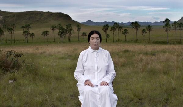 Going.   Filmoterapia z Sensem 2   Marina Abramović w Brazylii - Gdyńskie Centrum Filmowe