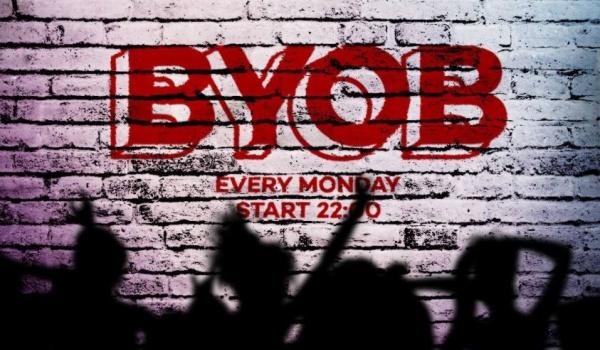 Going. | Wnieś własny alkohol na Domówkę w Shakers x BYOB