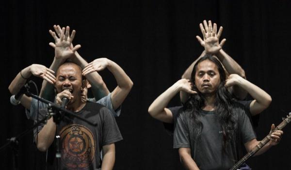 Going. | Improwizacja i ekspresja w chórze / Senyawa (Indonezja) / Akademia Radia Azja - CSW Zamek Ujazdowski
