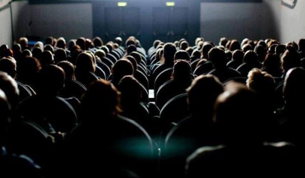 Going. | Kino w Ciemno w grudniu - Kino Muza w Poznaniu