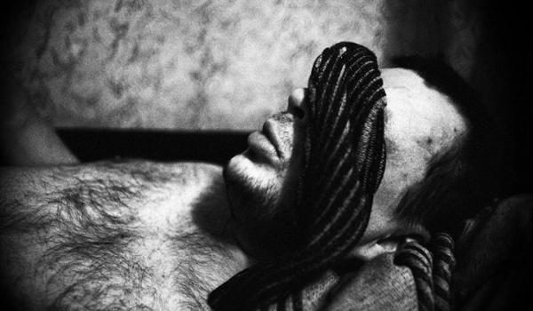 Going.   Spotkanie z Maciejem Pisukiem. Pod skórą / Under the skin - Muzeum Fotografii w Bydgoszczy