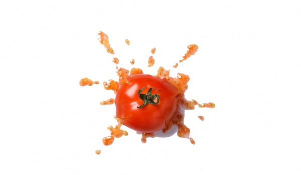 Going. | Wieczór Pomidorowy - Słaby stand-up? Rzucasz pomidorem! - Artefakt Café | Sétka Sztuki