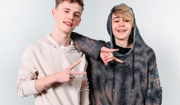 Going. | Bars and Melody - Klub Studio