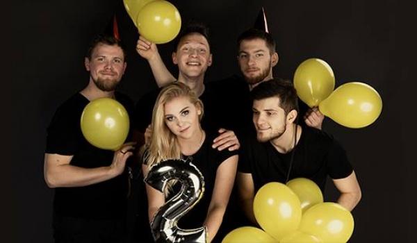 Going. | 2 urodziny [A propos] Teatr Komedii Improwizowanej - Klub Spirala