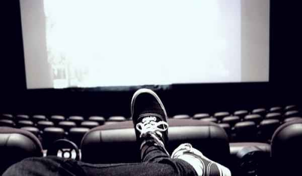 Going. | Projekcja filmowa z duszą