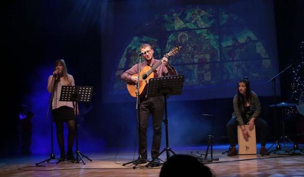 Going. | Wokół Szopy - koncert Marcina Gąbki