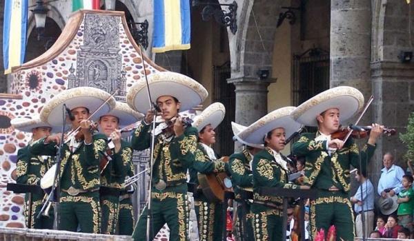 Going. | Przewodnik opowiada: Album z podróży. Meksyk