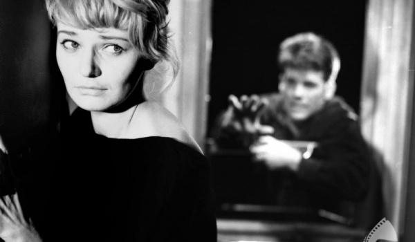 Going. | Krótkie Ale Kino / W przedziale - Klub Spirala