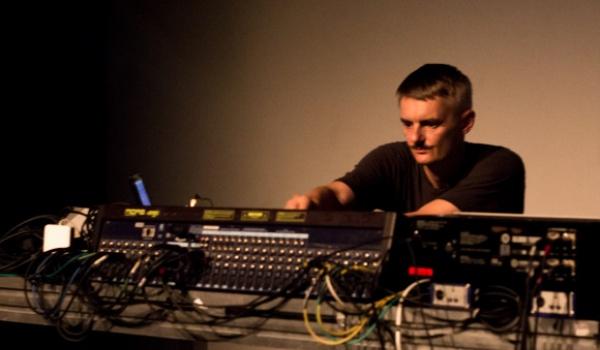Going. | Jacek Sienkiewicz (live + dj set) - Szpitalna 1