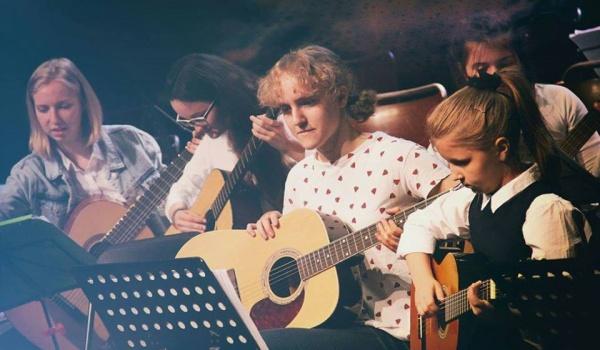 Going.   Gitarowa Orkiestra - Staromiejskie Centrum Kultury Młodzieży