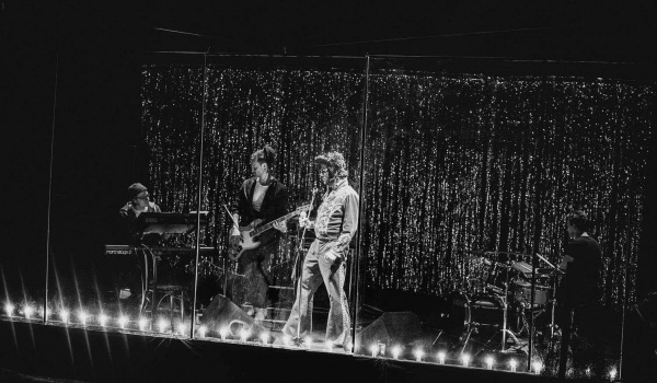 Going. | Nad moim grobem noc nie zapadnie - Teatr Druga Strefa