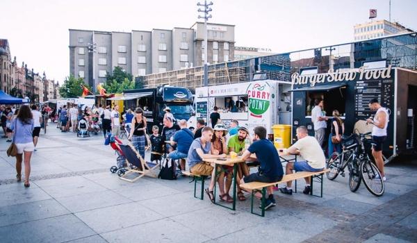 Going. | Food Trucki Na Start / Stadion Śląski - Stadion Śląski