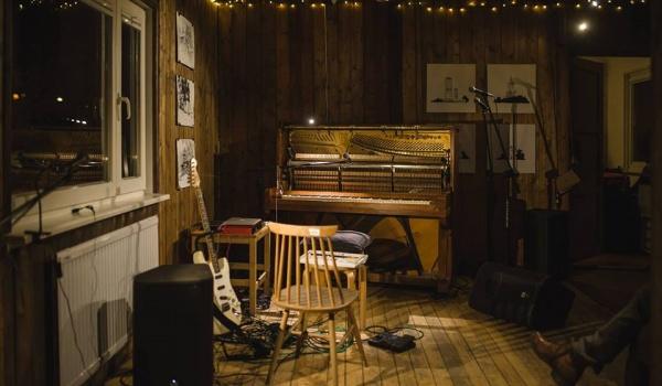Going.   Muzyka w Pracowni: Ed Carlsen (IT)