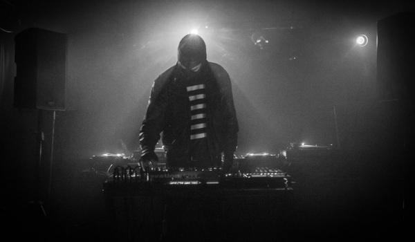Going. | [aufnahme + wiedergabe] SHOWCASE - SΛRIN | Philipp Strobel | MELANIA . | Imperial Black Unit - Port Miejski