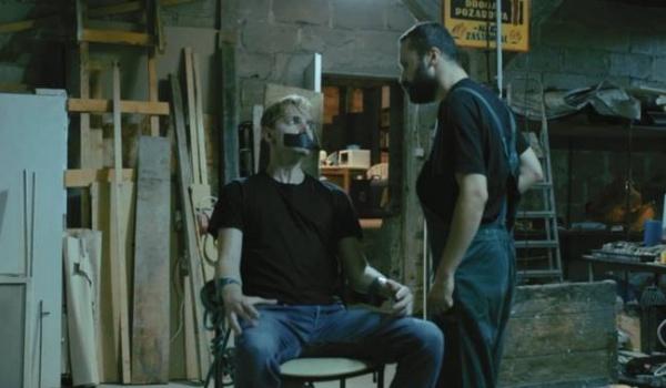 Going. | Zagadka zemsty - premiera - Kino Orzeł