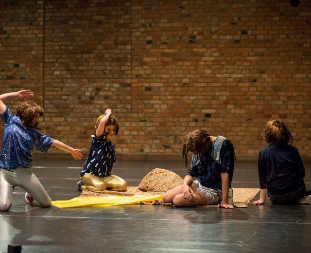Going. | Centrum Sztuki Tańca