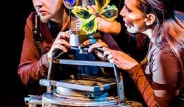 Going. | Robot i Motylek - Białostocki Teatr Lalek