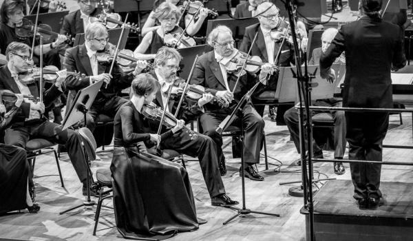 Going. | SZALONE SKRZYPCE I MUZYKA ŚWIATA - Sinfonia Varsovia - Pawilon Koncertowy Sinfonia Varsovia