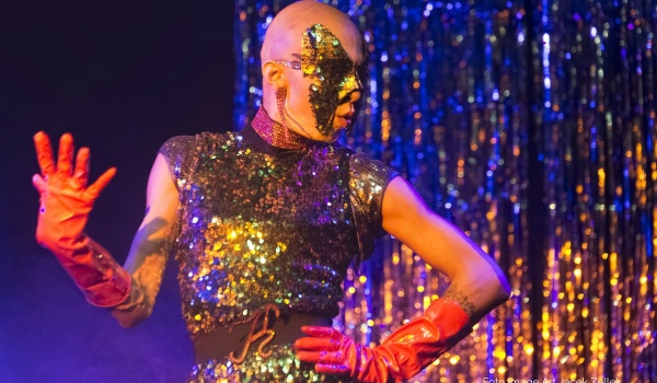"Going. | Rewia Drag Queen's ""Life & Diamonds"" - Teatr Barakah / ArtCafe Barakah"