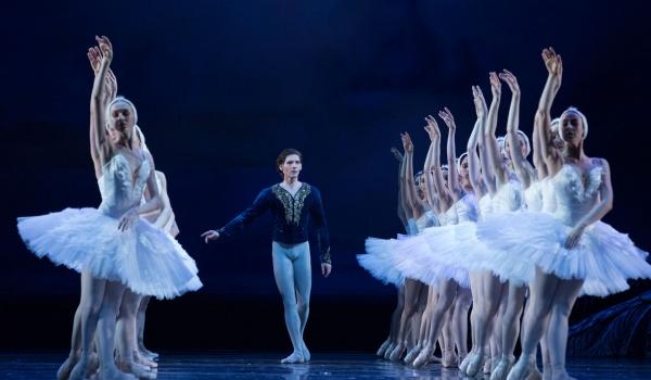 Going. | Jezioro łabędzie - Teatr Wielki - Opera Narodowa