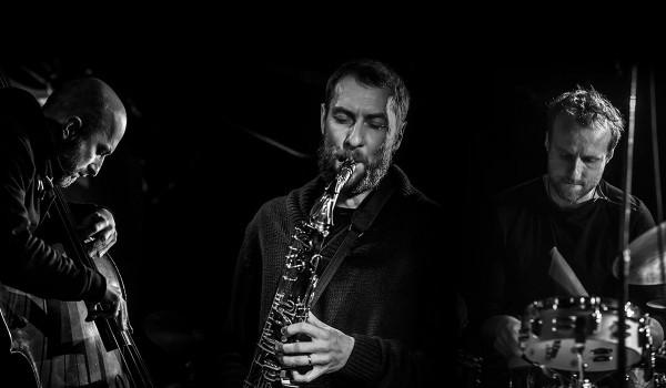 Going. | KOCIN Kociński Trio - 12on14 Jazz Club