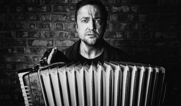 Going. | Czesław Śpiewa SOLO ACT - Zatoka Sztuki