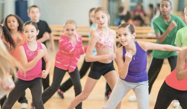 Going. | Freestyler Kids - Kontakt. Przestrzeń ruchu i tańca.