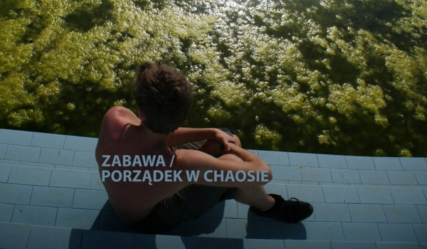 Going. | Odyseja performera - warsztaty dla młodzieży i dorosłych - Fabryka Sztuki w Łodzi
