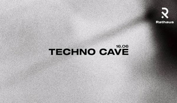 Going. | Techno Cave. ❚ Rathaus - Rathaus
