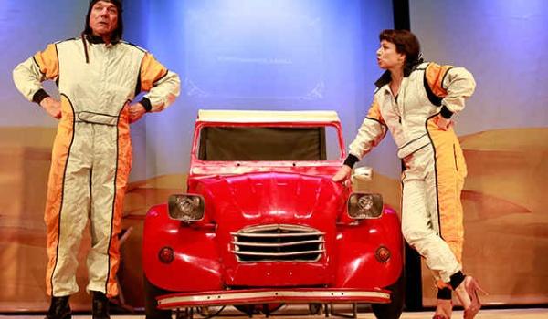 Going. | Małżeński Rajd Dakar - Teatr Ludowy w Krakowie