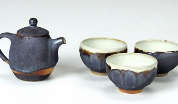 Going. | Wystawa ceramiki do herbaty - Bero, Novák, Randová - Czaisz? Czajownia