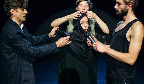 Going. | INTRO Teatr Dada von Bzdülöw z muzyką na żywo Nagrobki [PL] / koncert Nagrobki [PL] @ AAF 2018 Warszawa - ATM Studio