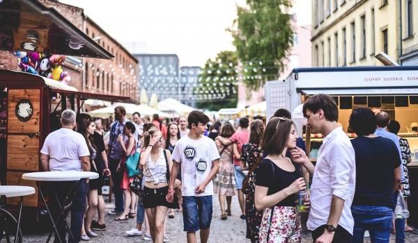 Going. | Street Food Festiwal // Lato - Piotrkowska 217