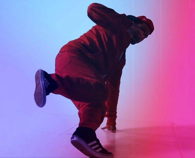 Going. | Tańce nietechnonormatywne